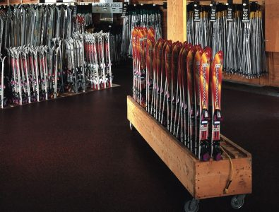 Everlast Roll in ski rental room at resort.